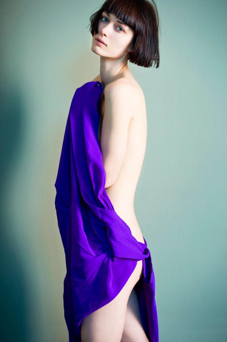 048-sophie-delaporte-nudes-exhibition